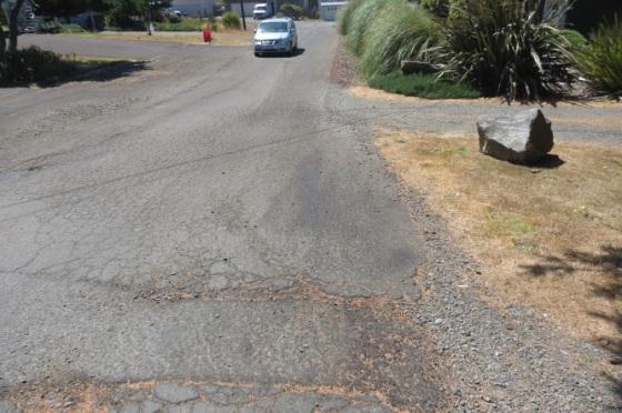 road work ne 61st before 5 august 2016