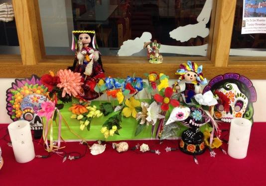 dia-de-los-muertos-altar-photo